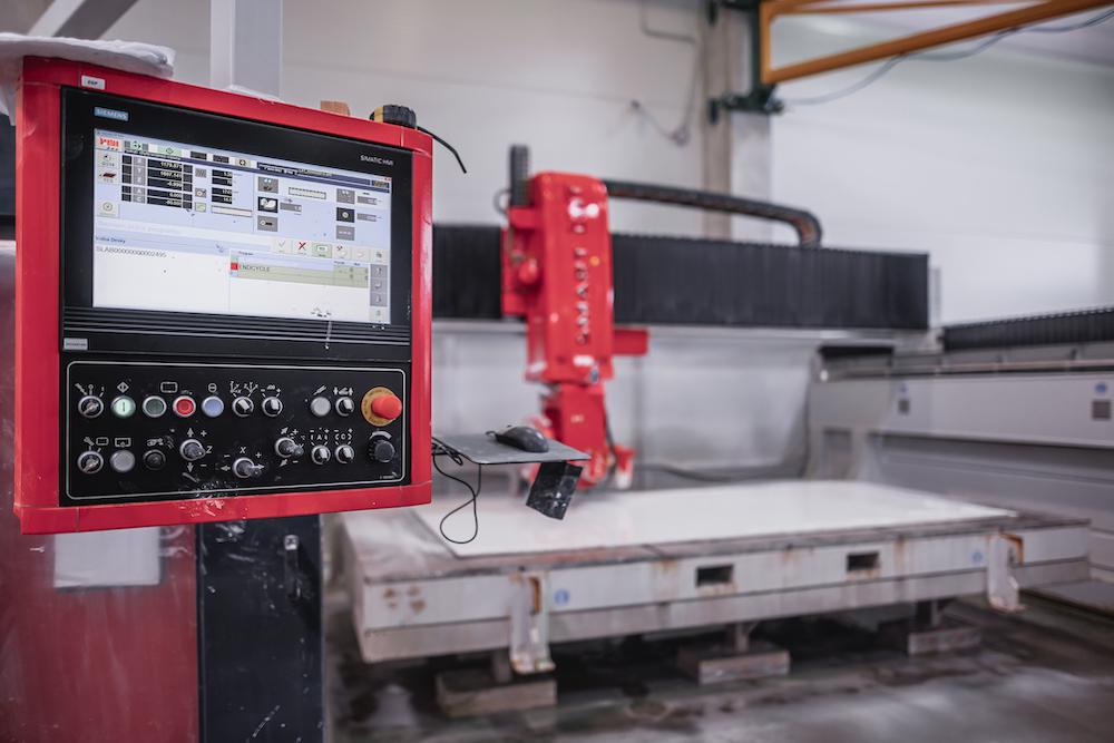 Obsluha CNC stroju